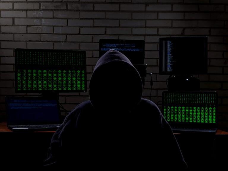 catfish hacker in escape room van het medialab bibliotheek eemland amersfoort